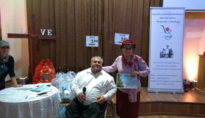 Foto: Premii şi diplome pentru membrii Asociaţiei  Judeţene a Sportului Persoanelor cu Handicap