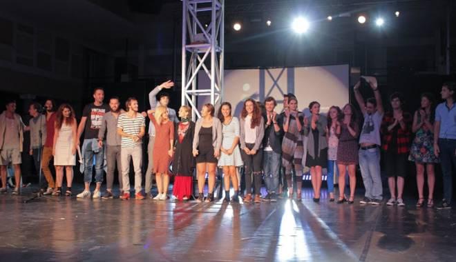 Foto: Cine şi-a adjudecat  marele premiu al Galei  Tânărului Actor - HOP
