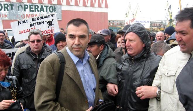 """Foto: În bilanţul de manager al lui Andrei Popa n-a rămas loc de """"Bună ziua!"""""""