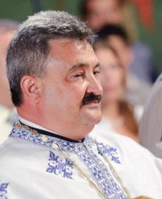 Moștenirea incredibilă a părintelui Arsenie Papacioc - preotmariusm-1325692953.jpg