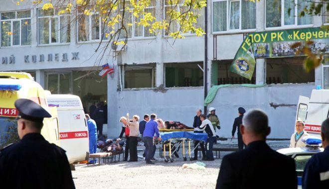 Foto: Presa rusă, în stare de şoc  după masacrul de la liceul din Crimeea