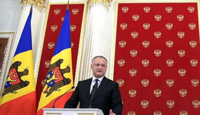 Foto: Preşedintele Igor Dodon agită spectrul alegerilor parlamentare anticipate