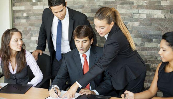 Foto: Patronii vor fi consiliaţi înainte  de a fi amendaţi