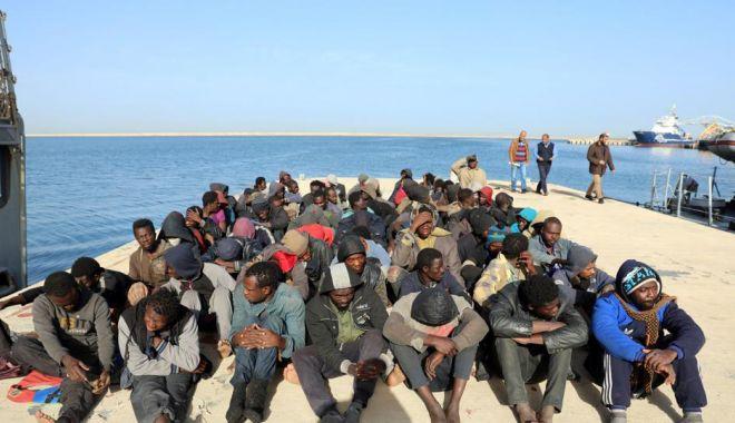 """Foto: """"Prezenţa teroristă în ambarcaţiunile cu migranţi a devenit o certitudine"""""""
