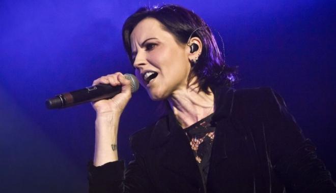 Foto: Autorităţile au anunţat cauza morţii cântăreţei Dolores O' Riordan