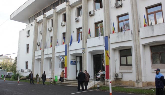 Foto: Primăria Constanţa, nevoită să amâne două concursuri. Care este motivul