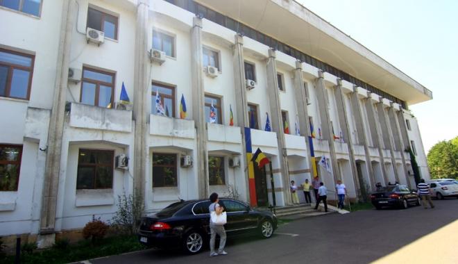 Foto: Primăria Constanţa  dă startul  licitaţiilor pentru amplasamentele  din Bazarul Perla