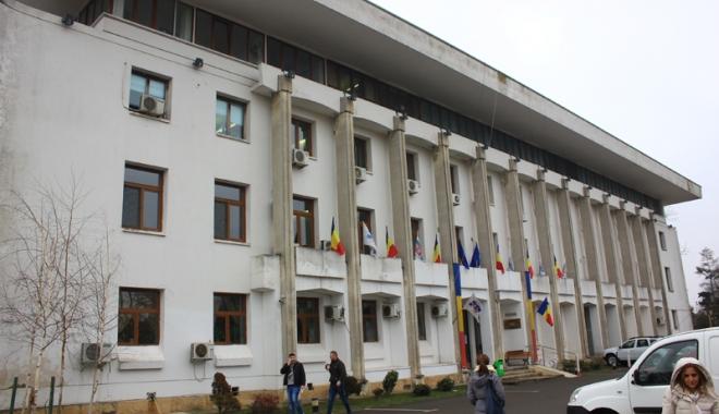 Foto: Primăria Constanţa, anunţ important  pentru reprezentanţii asociaţiilor de locatari