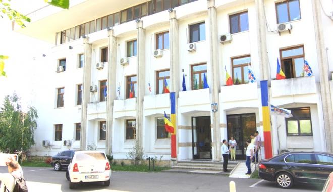 Foto: Primăria Constanţa reia licitaţia pentru închirierea tonetelor în sezonul estival