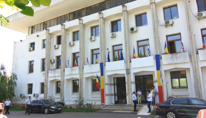Foto: ONG-urile, chemate la întâlnire  cu reprezentanții Primăriei Constanța