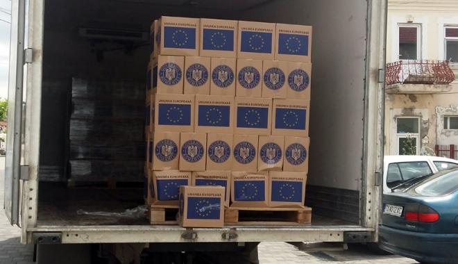 Foto: De unde se pot ridica pachetele cu alimente de la UE distribuite de Primăria Constanţa
