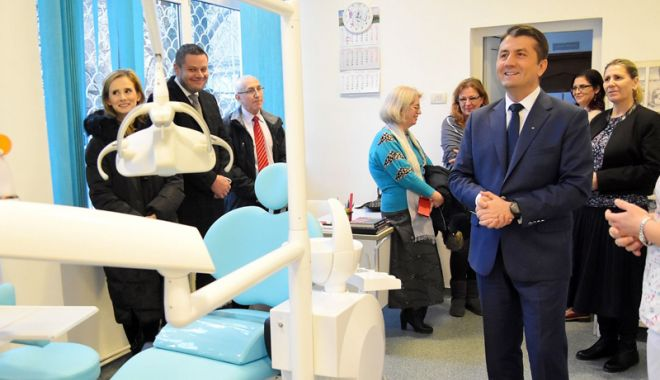 Foto: Primăria Constanța a renovat cele 14 cabinete stomatologice din unitățile școlare
