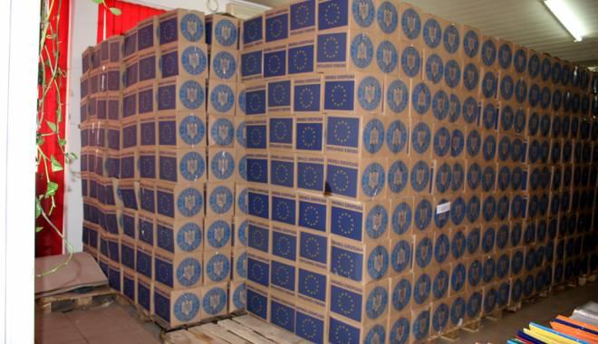 Foto: Primăria Hârşova primeşte documentele pentru acordarea pachetelor de la UE