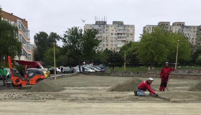 Foto: Primăria Constanța reabilitează locurile de joacă pentru cei mici