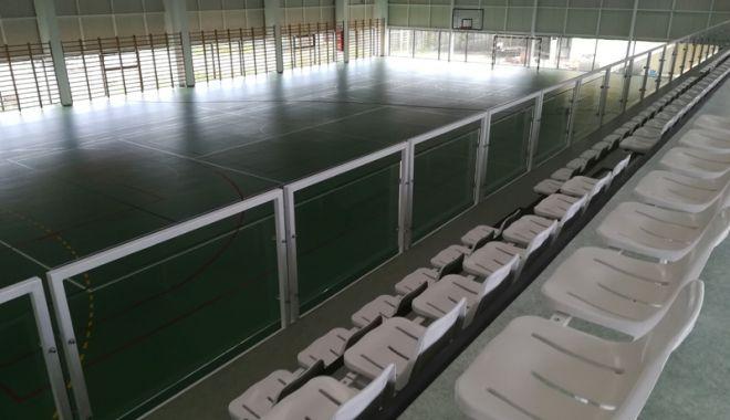 Primarul din Mangalia a inaugurat  o nouă sală de sport - primaruldinmangalia2-1536677815.jpg