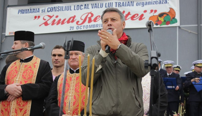 """Foto: Primarul Florin Mitroi invită constănţenii la """"Ziua Recoltei"""""""