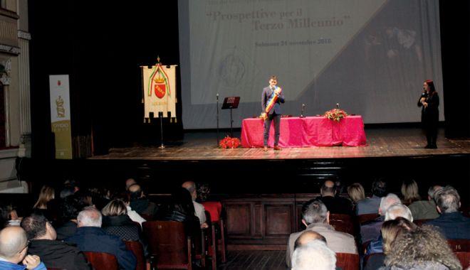Foto: Primarul George Scupra,  invitat de onoare la închiderea  Bimilenarei Ovidiene de la Sulmona