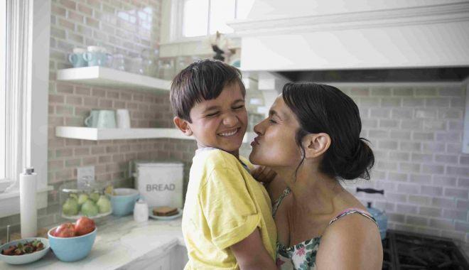 Prima serie de viitori asistenţi maternali din acest an, la cursuri - primaserie-1614714124.jpg