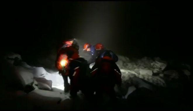Foto: Sfârșit tragic pentru tânărul surprins de zăpadă în Munții Făgăraș