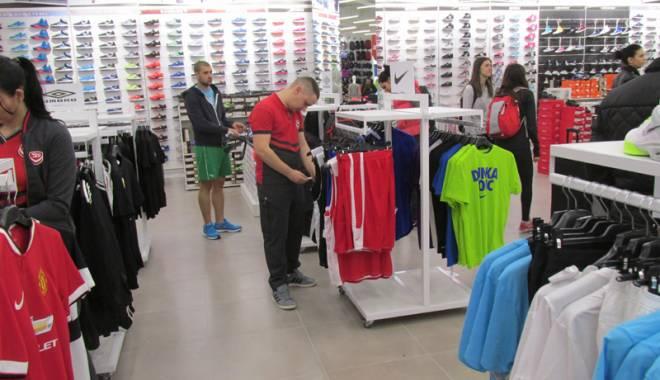 Primul magazin Sport Vision din România, deschis la Constanța - primulsportvision1-1428941470.jpg