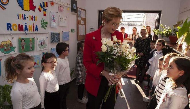 Foto: Principesa Maria, în vizită la Centrul de Îngrijire Copii din Cumpăna