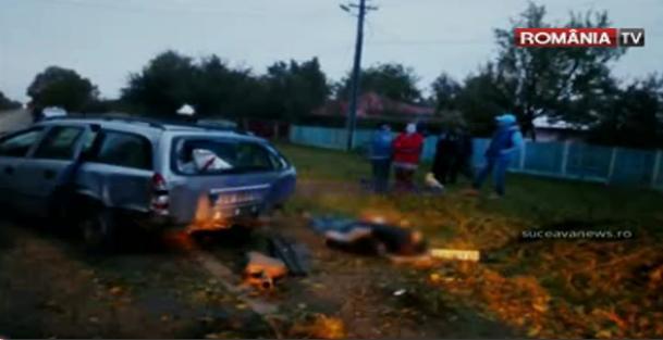 Foto: VIDEO. TRAGEDIE RUTIER� / B�rbat mort pe loc, fiul s�u este r�nit grav, dup� ce ma�ina lor a rupt un pom