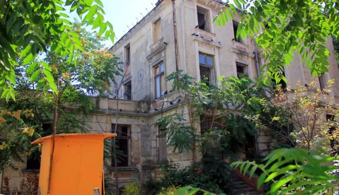 Foto: Povestea hotelului de elită  din peninsulă, vizitat de familia regală