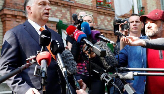 """Foto: """"Prin votul lor, ungurii au cerut oprirea imigraţiei în Europa"""""""