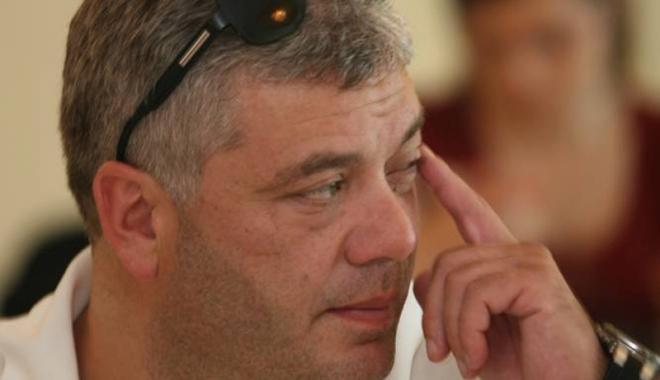Foto: Şeful Corpului de Control al Primăriei Constanţa, Ionuţ Pripişi, trimis în judecată de DNA