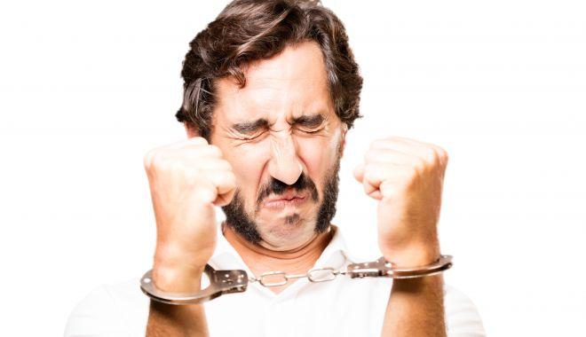 Prizonierul vinovat - prizonerul-1617711513.jpg