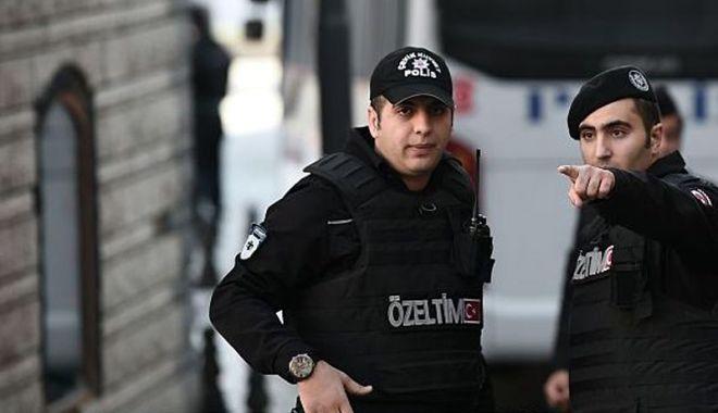 Foto: Proces la Istanbul. 21 de studenţi, acuzaţi de propagandă teroristă