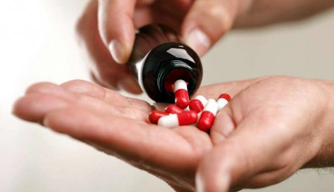 """Foto: Producătorii de medicamente vor o politică de preţuri """"raţională!"""""""