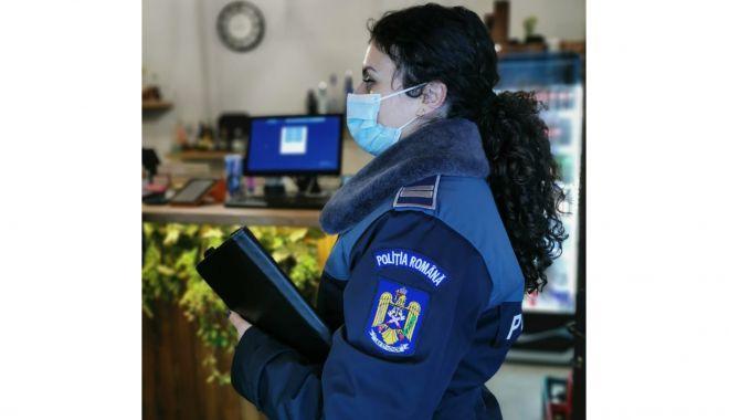 Polițiștii au confiscat sute de litri de deșeuri toxice dintr-un depozit - produse2-1620410152.jpg