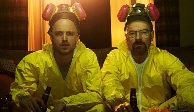 Foto: Doi foști profesori de chimie, arestați pentru producerea de amfetamine într-un laborator secret
