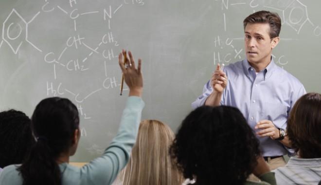 Cine va ajunge la catedră în şcolile constănţene?