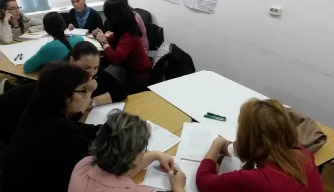 Foto: Cursuri de care profesorii constănţeni ar putea fi interesaţi