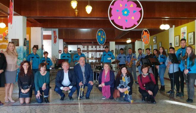 Foto: Profesorii din Constanţa,  faţă în faţă cu metode noi de învăţare