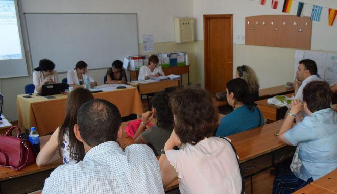Foto: Titularizarea profesorilor. Anunţ important al ministrului Educaţiei