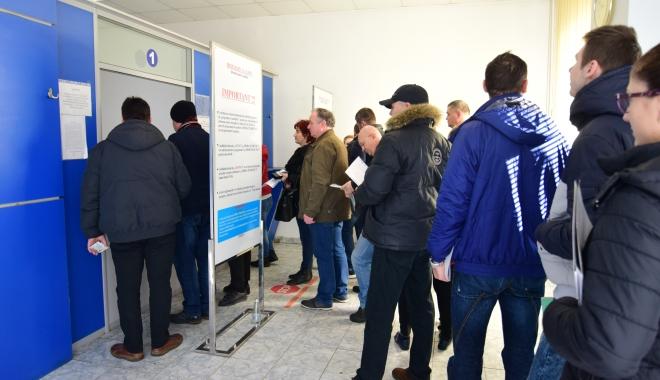 Foto: Se schimbă programul la Serviciul de Permise şi Înmatriculări Constanţa