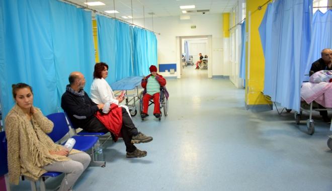 Foto: Cabinetele medicilor, închise pe 25 şi 26 decembrie