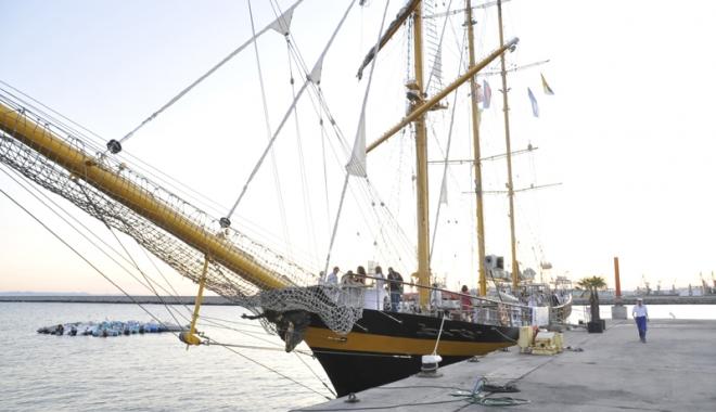 Foto: Proiect pentru dezvoltarea turismului cu veliere, la Marea Neagră