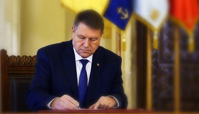 Foto: Șeful statului a promulgat Legea prin care se introduce tichetul cultural acordat angajaților