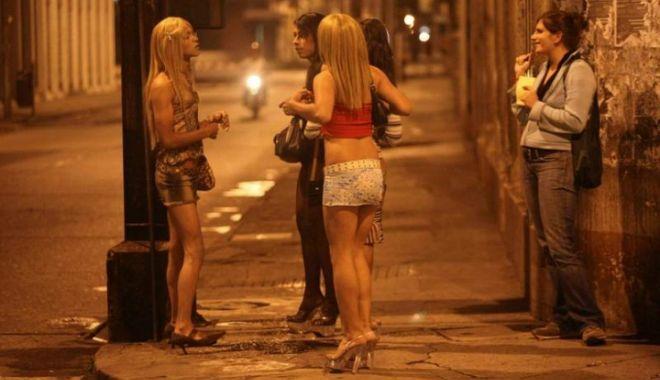Arestări în Spania, Italia, România şi Franţa, într-un dosar uriaș de proxenetism - prostitutie-1615024393.jpg