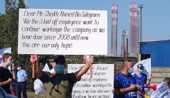 Protestatarii de la ușa companiei Constanța South Container Terminal ar putea intra în greva foamei