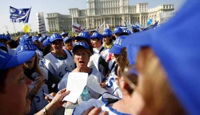 Foto: Profesorii constănţeni intră în grevă