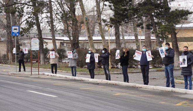 Reprezentanţii RESTO Constanţa au participat la protestul turismului - protestcorinamartin2-1613499181.jpg
