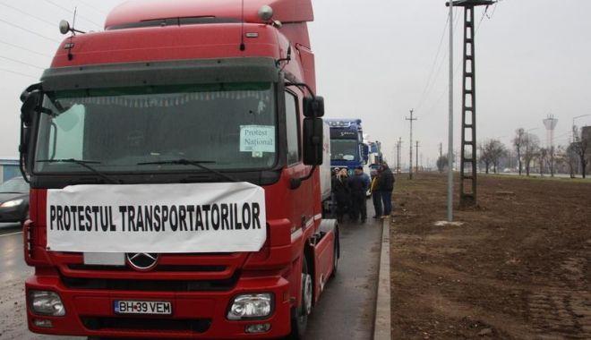 Foto: LE-A AJUNS CUŢITUL LA OS! Transportatorii, decizie de ultim moment