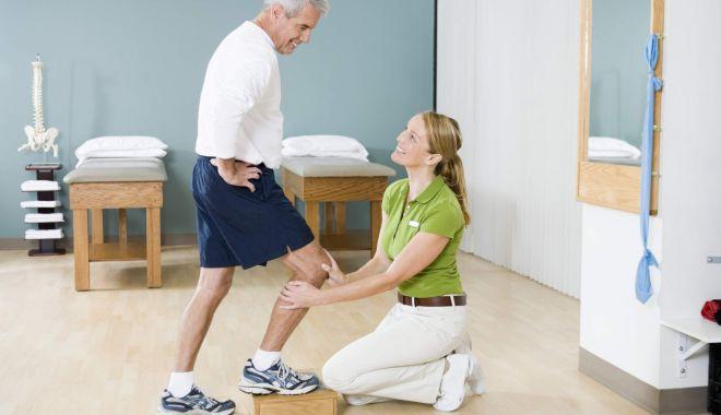 Foto: Sunteți înscriși pentru a primi o proteză de șold sau genunchi? Aveți de așteptat !