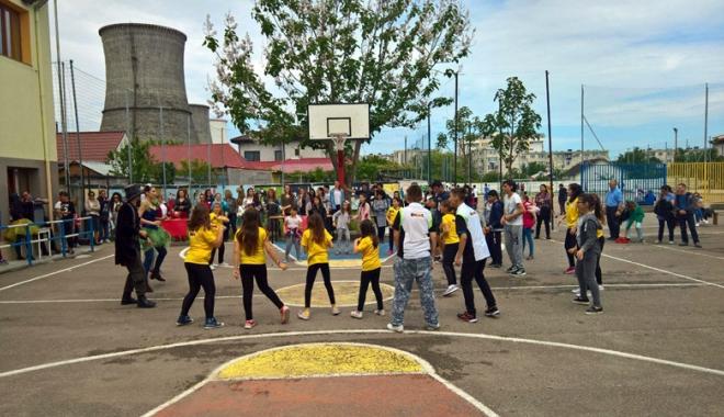 Foto: Femeile din PSD Constanţa, eveniment organizat pentru copii