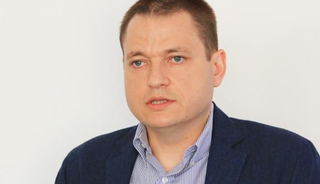 """Foto: Ministrul Mircea Dobre: """"Legea turismului se va dezbate în toate regiunile ţării"""""""
